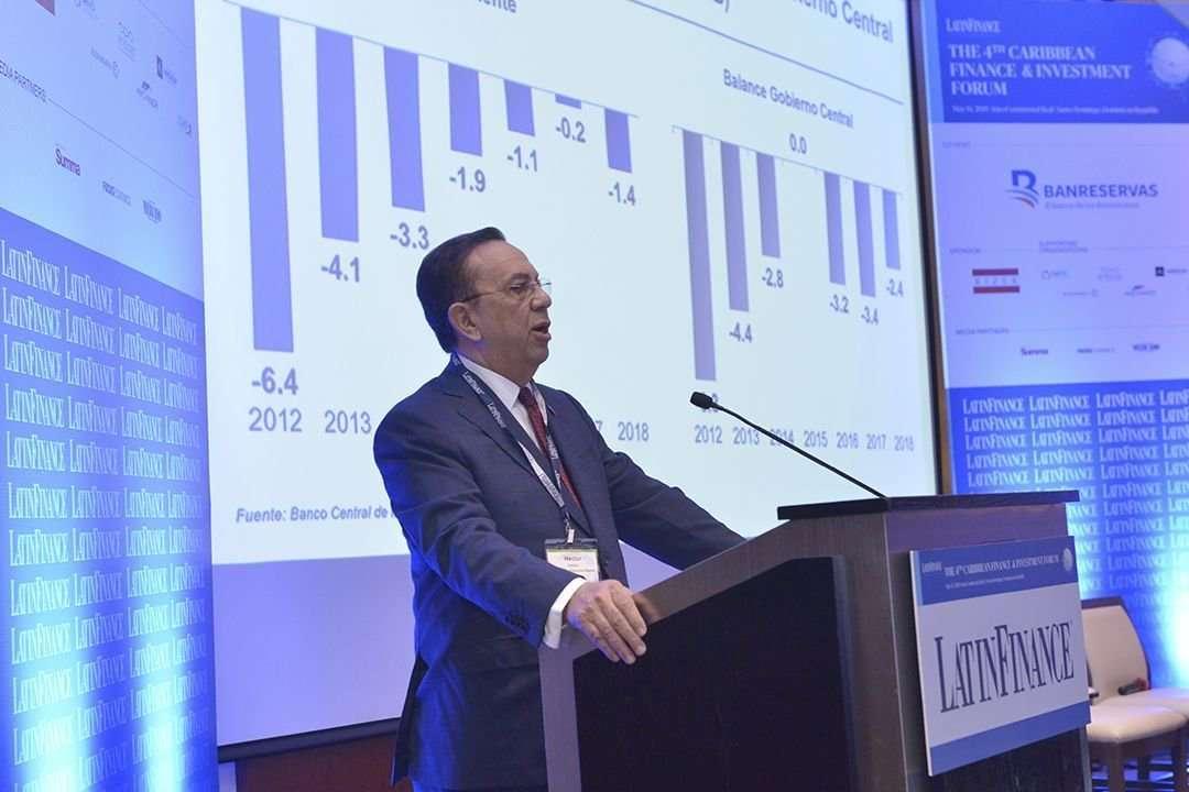 Valdez Albizu informa que economía dominicana creció 5.7% en enero-marzo de 2019