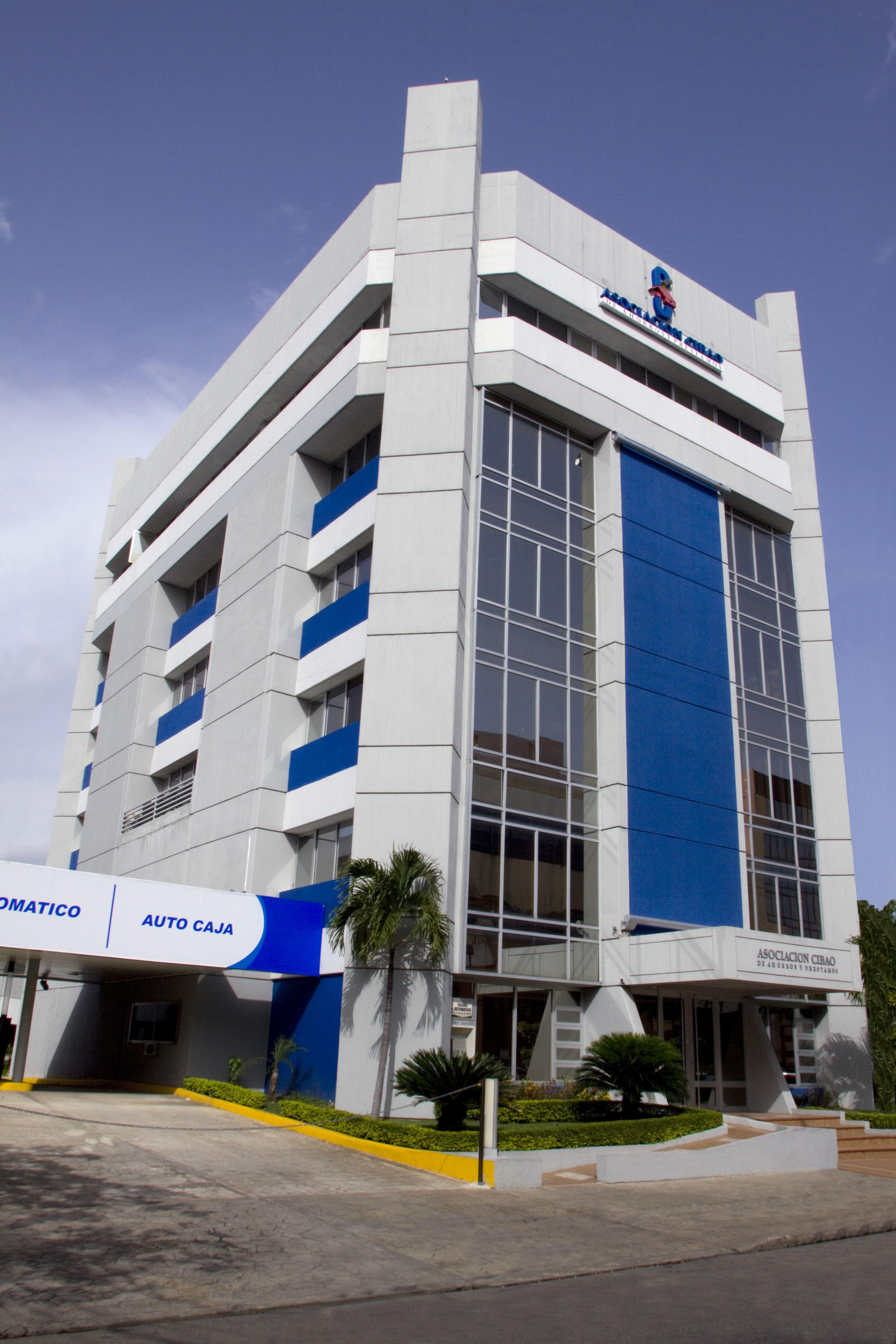 Asociación Cibao aprueba facilidades   financieras y de servicios a sus clientes