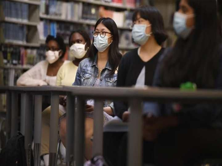 <h1>Legisladores y estudiantes presionan por estudios asiático-americanos K-12</h1>