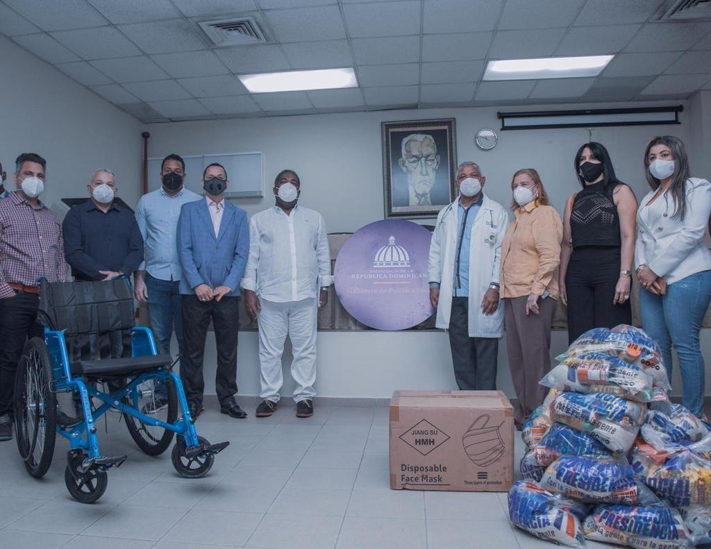 <p>El Gabinete de Pol&iacute;tica Social despliega operativo de donaciones en Bonao, La Vega y Puerto Plata</p>