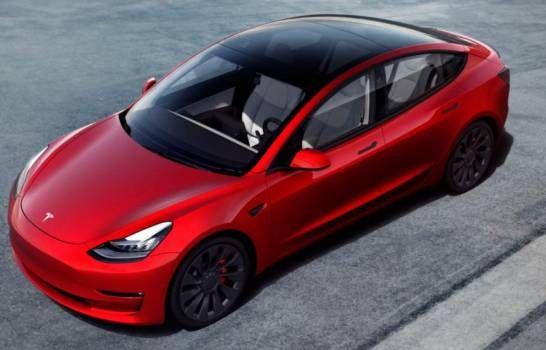 <p>Elon Musk anuncia que ya es posible comprar veh&iacute;culos Tesla con bitc&oacute;in</p>