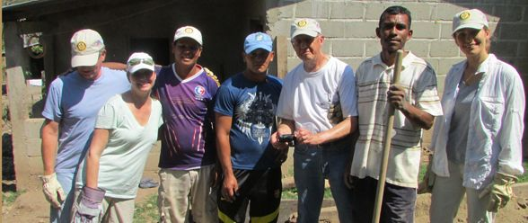 <h1>Ejecutivos de Atlanta ayudando a la niñez en Honduras</h1>