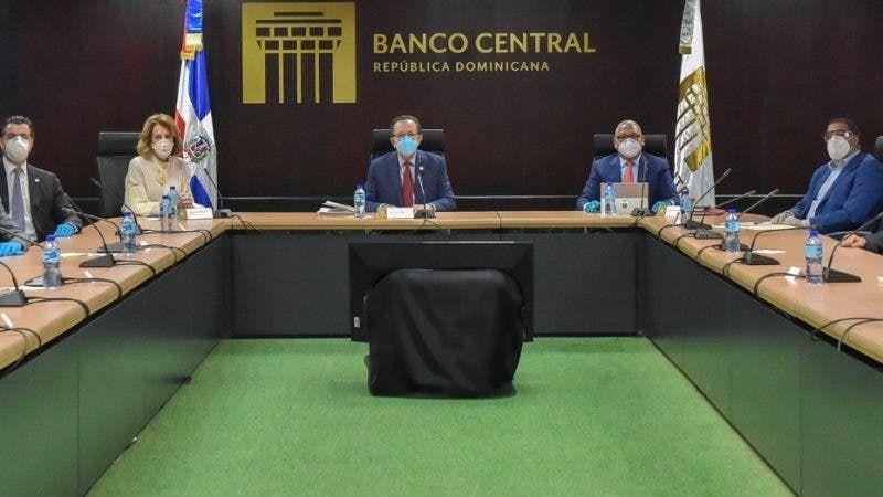 Banco Central evalúa condiciones monetaria y cambiaria