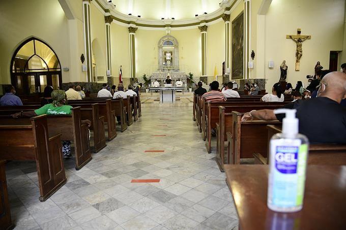 <h1>Gobierno autoriza oficiar misas por Corpus Christi</h1>