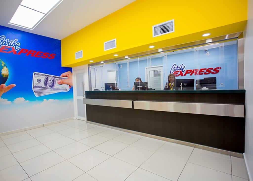<p>Caribe Express afirma se normaliza entrega de remesas en d&oacute;lares</p>