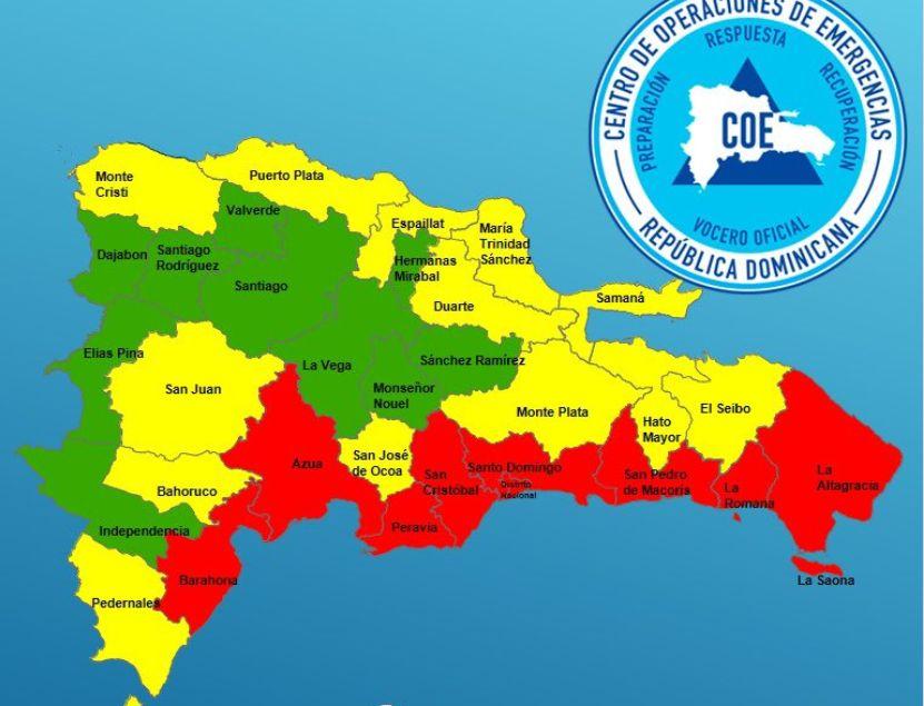 <p>Se eleva la alerta roja en 8 provincias por paso de Isa&iacute;as</p>