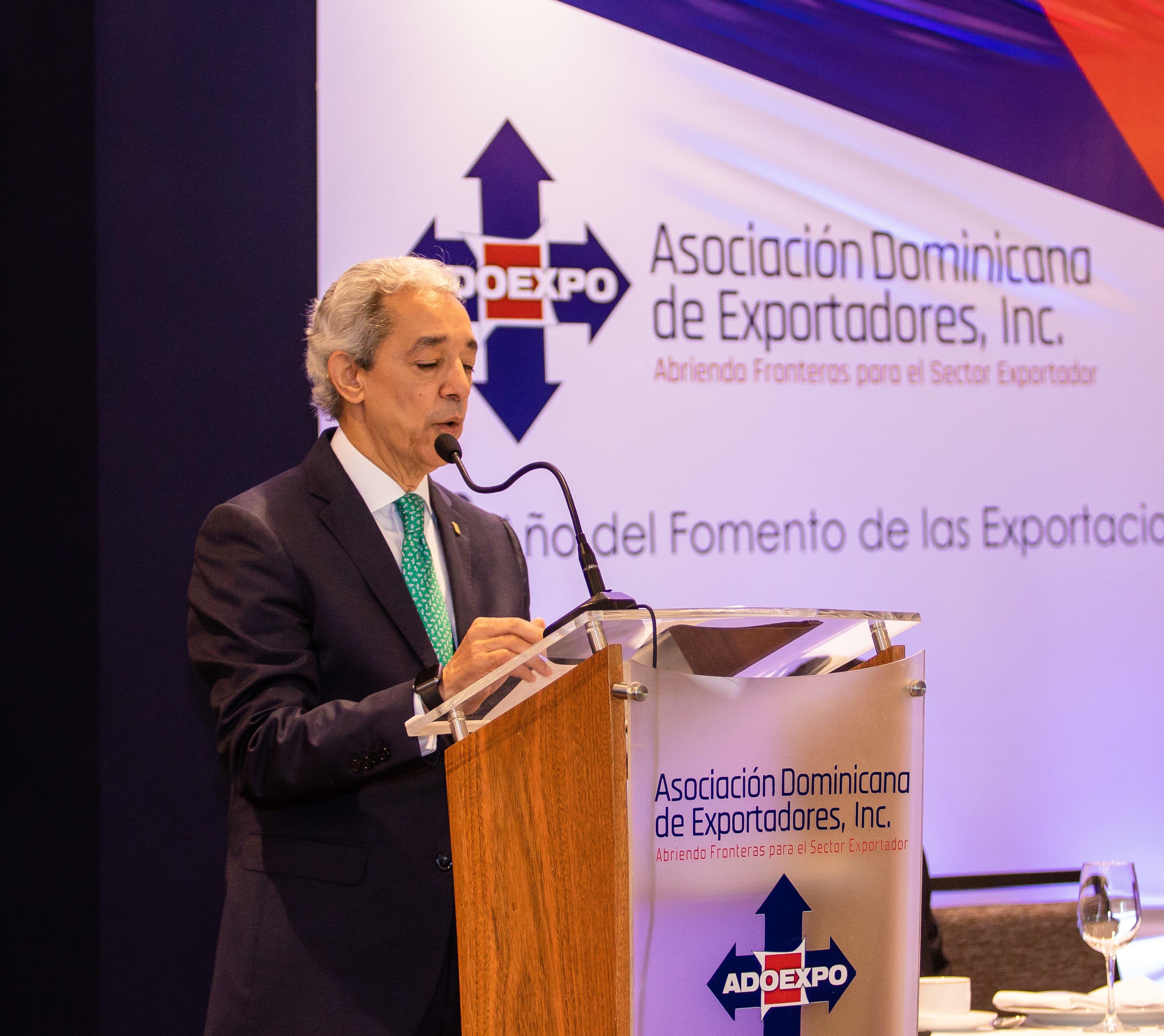 <p><strong>ADOEXPO:</strong></p>  <p><em>Sector exportador pieza&nbsp;fundamental del desarrollo econ&oacute;mico y social</em></p>