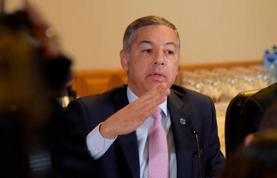 Gobierno estima que en la segunda quincena de mayo podrían comenzar las medidas de reactivación