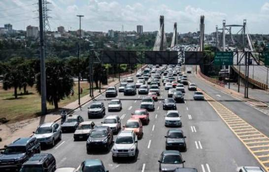Importaciones de vehículos crecen 6.96% en primer cuatrimestre de 2020