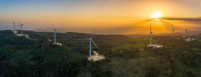 Ege Haina cita su compromiso con energía limpia