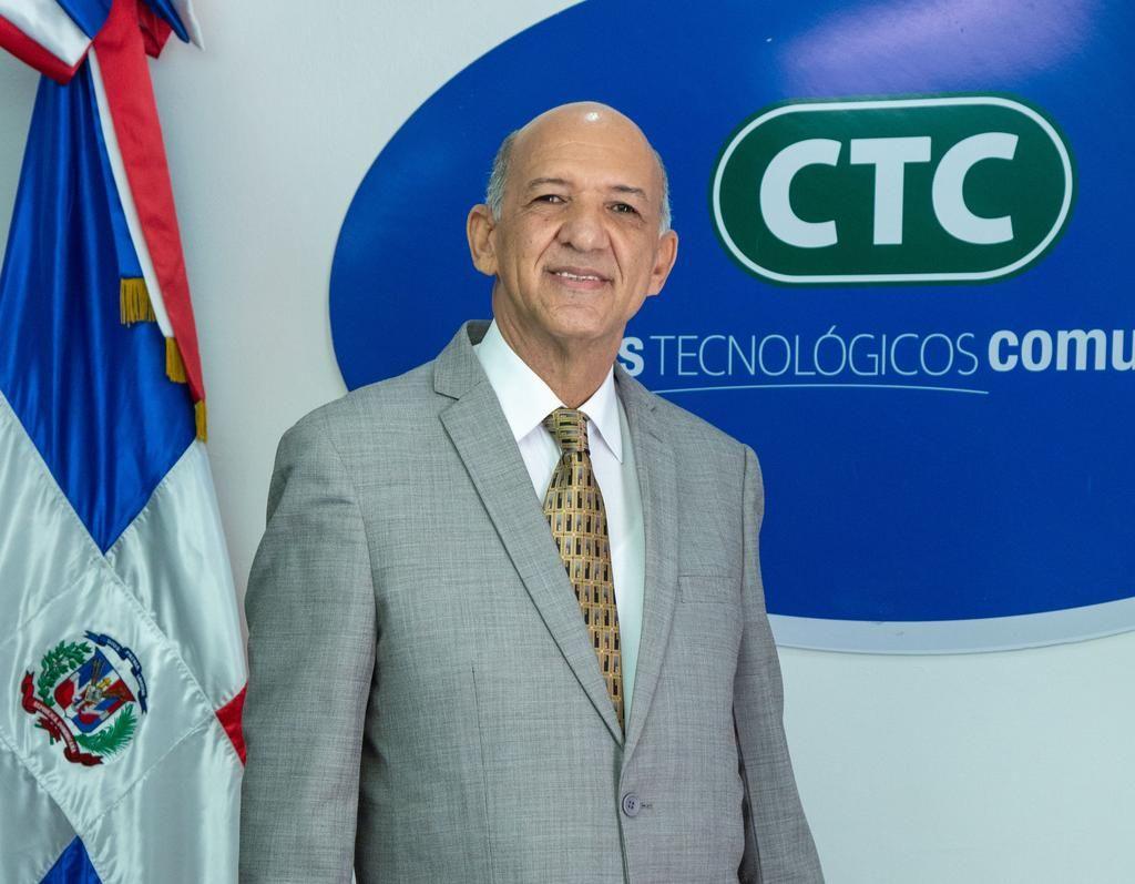 <p><strong>Isidro&nbsp;Torres asume funciones como director general de los Centros Tecnol&oacute;gicos Comunitarios (CTC)</strong></p>