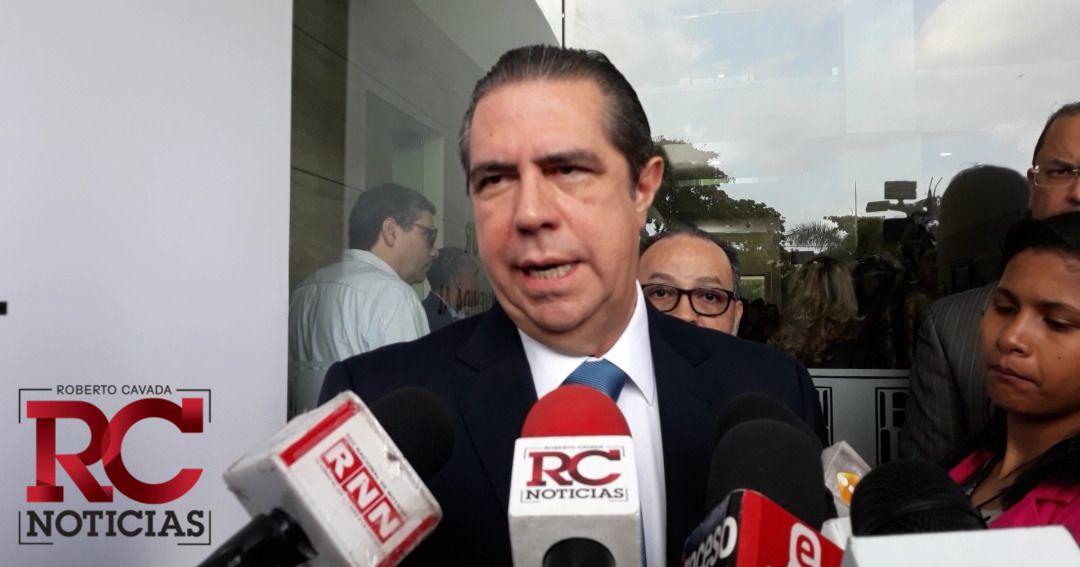 Francisco Javier agradece premio al turismo dominicano