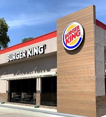 <p>Un nuevo Burger King en Estaci&oacute;n Esso de la Luper&oacute;n</p>