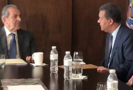 """Leonel dice que la Constitución """"no se toca"""" en elecciones"""