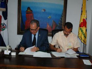 IDECOOP e IDEAC firman alianza para fomentar el cooperativismo