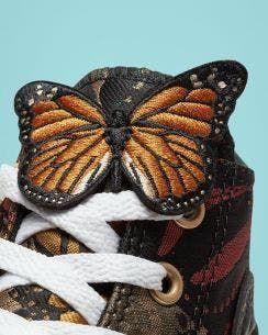 <p>Converse lanza colecci&oacute;n &ldquo;Mi Gente&rdquo; en homenaje a las Hermanas Mirabal</p>