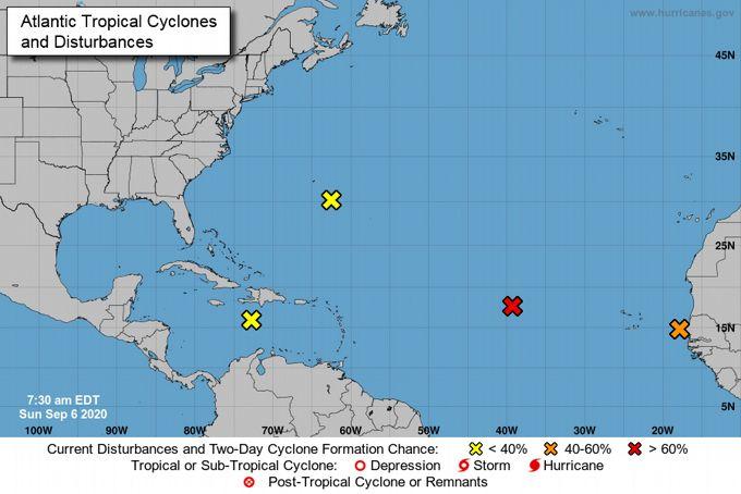 <p>Llega otra onda tropical este lunes al pa&iacute;s</p>