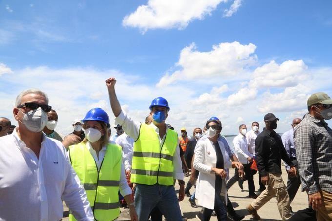 <p>Abinader anuncia en Montecristi varios proyectos para dinamizar econom&iacute;a y crear empleos en la zona</p>