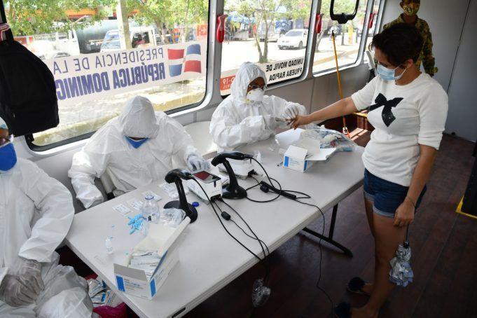 <p>Salud P&uacute;blica reporta 426 casos nuevos de COVID-19; suman 1,648 los fallecidos</p>