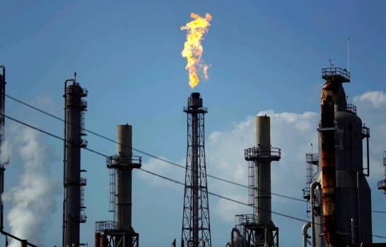Petróleo de Texas sube un 2.78 % por medidas de apoyo a economía