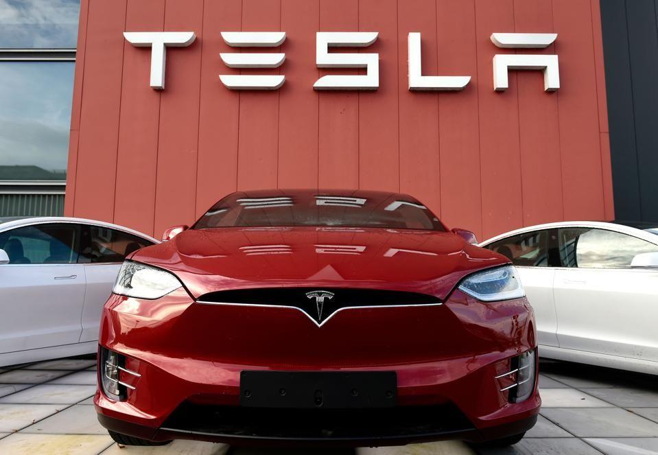 <p>El valor de Tesla aumentar&aacute; $ 40 mil millones a medida que el S&amp;P 500 se acerca</p>