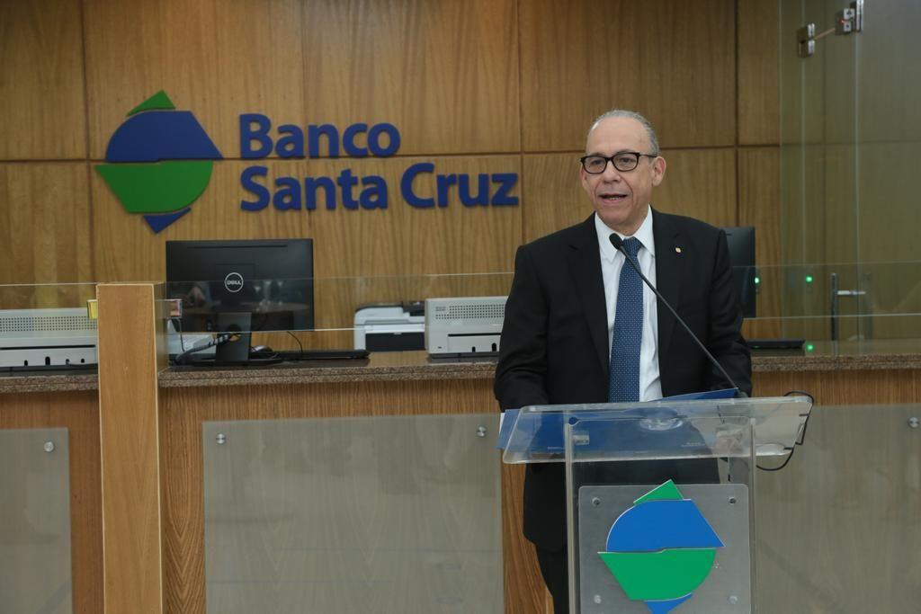 <p><strong>Banco Santa Cruz inicia colocaci&oacute;n de bonos por RD$750 MM a 9% anual</strong></p>