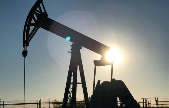 El petróleo de Texas sube un 25 % por expectativas de repunte en la demanda