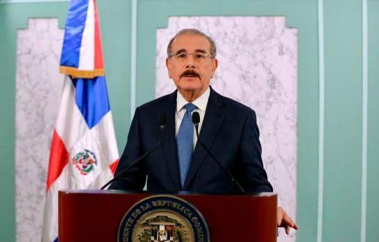 Danilo: empresas podrán abrir desde este miércoles, pero con condiciones