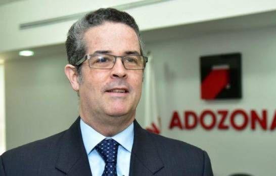 Adozona propone al Gobierno dominicano compras de mascarillas a zonas francas