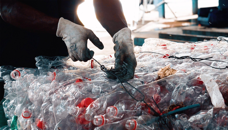 Cervecería Nacional Dominicana se compromete a reciclar el equivalente al 100% de los envases plásticos que emite al mercado