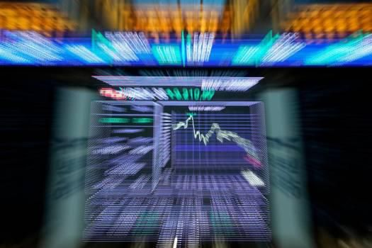 Dow Jones gana 7.73 % en medio del optimismo sobre pico de la pandemia