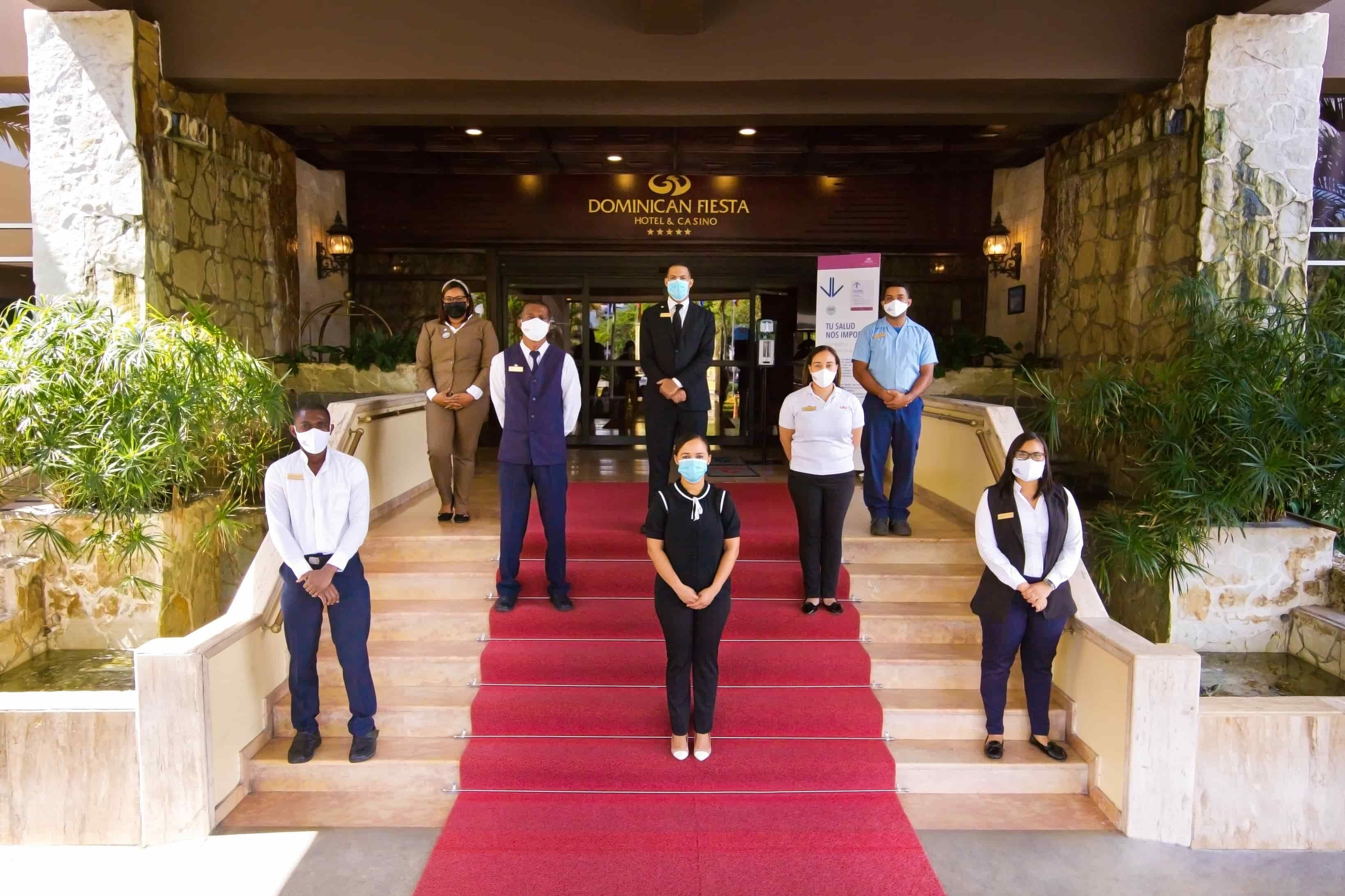 <p><strong>El Dominican Fiesta Hotel &amp; Casino reabre sus puertas y da a conocer protocolos post COVID -19.</strong></p>