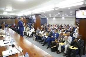 Castaños Guzmán: el sistema político se ha complicado con 235 distritos municipales y 158 municipios