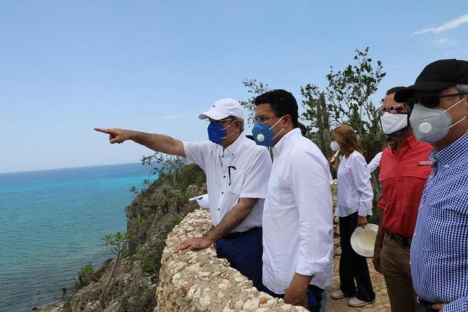 <p>Gobierno se compromete con megaproyecto en Pedernales</p>