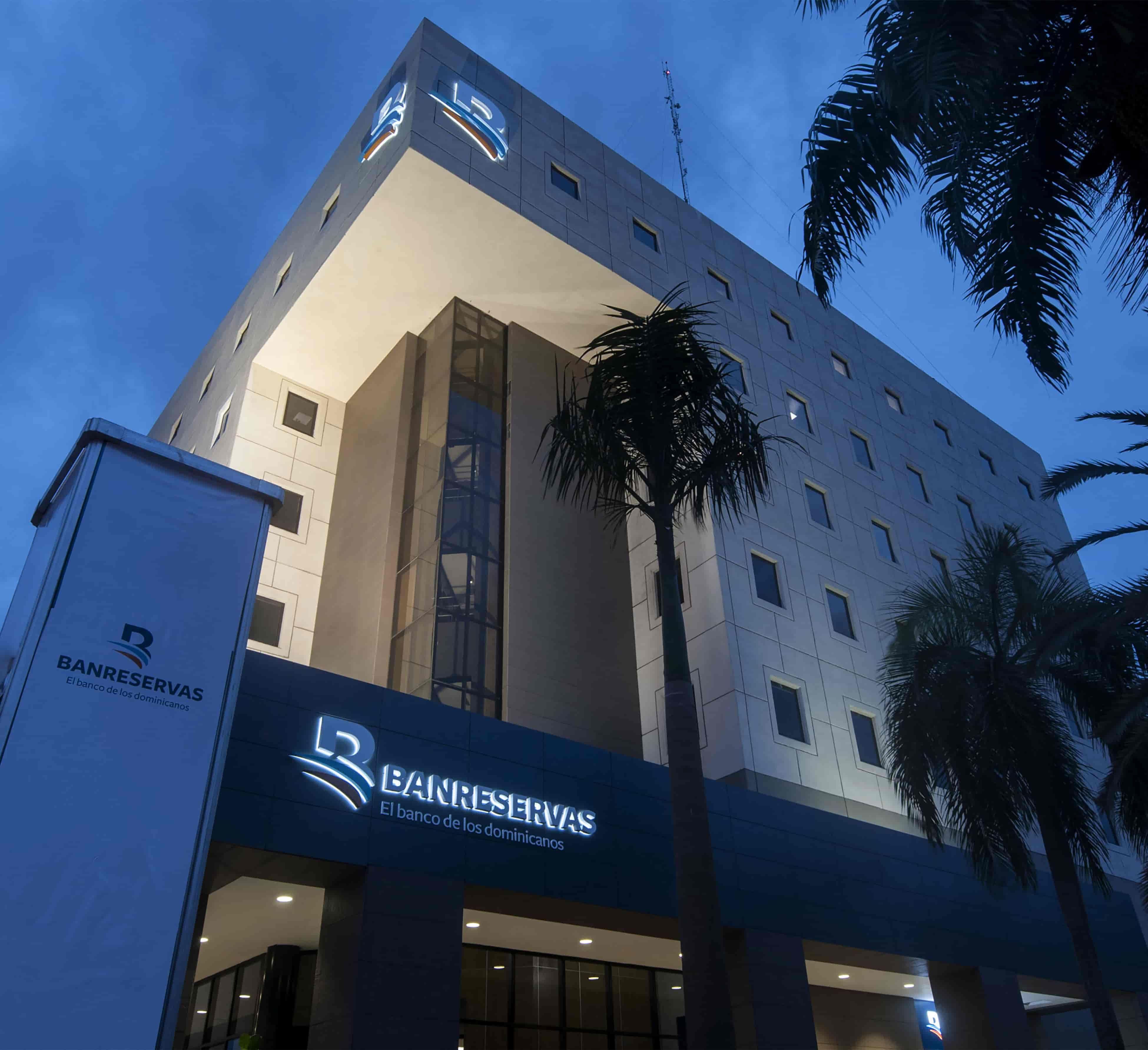 <p>Banreservas dispone RD$5 mil millones para apoyar las peque&ntilde;as y medianas empresas</p>