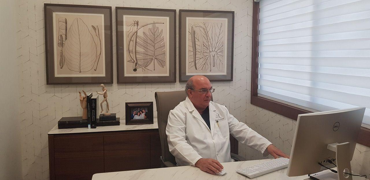 <p><strong>Asociaciones panamericanas nombran doctor Alba Feriz&nbsp;<em>Maestro de la Reumatolog&iacute;a Panamericana</em></strong></p>