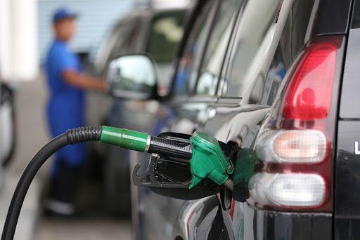<p>Inestabilidad en mercado petrolera presiona nuevas alzas en combustibles</p>