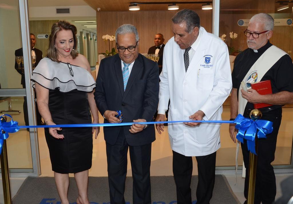 La Clínica Independencia  inauguró   dos nuevas salas de emergencia pediátrica y  de adultos