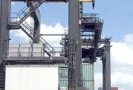 Exportaciones caen US$28.4 millones