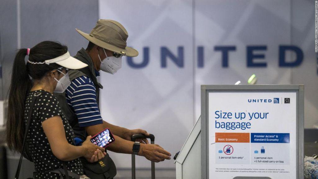 <p>Las principales aerol&iacute;neas de EE.UU. est&aacute;n eliminando tarifas de cambio</p>