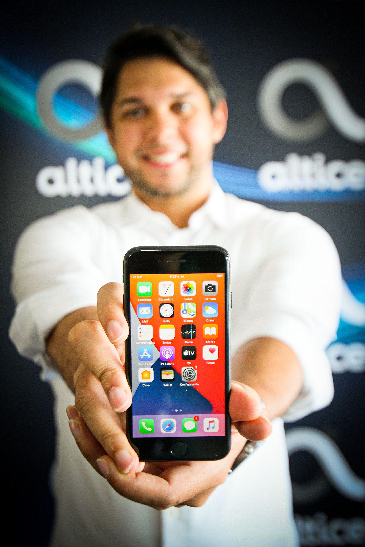 <p>Altice Dominicana ofrece en primicia el iPhone SE</p>