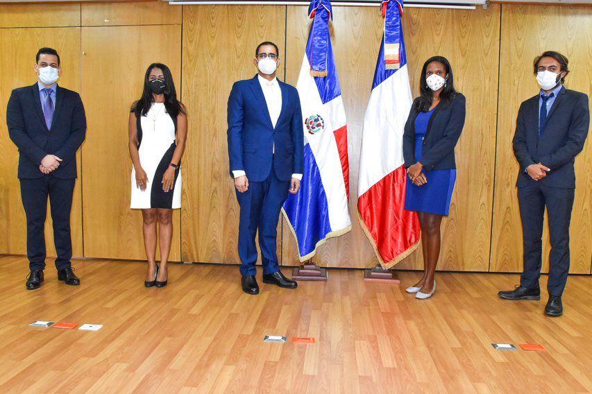 <p>Donaci&oacute;n de la Agencia Francesa de Desarrollo (AFD) fortalece vigilancia epidemiol&oacute;gica en respuesta al COVID-19</p>
