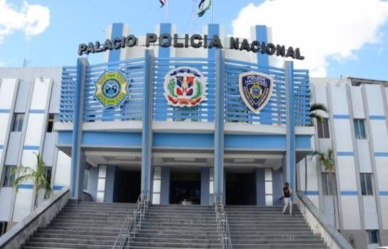 <p>Polic&iacute;a Nacional advierte detenci&oacute;n de personas fuera de sus hogares sin mascarillas</p>