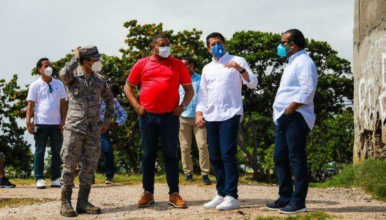 <p>Ministro de Turismo anuncia inversi&oacute;n de 30 millones de pesos para reconstrucci&oacute;n de Malec&oacute;n de San Pedro de Macor&iacute;s</p>