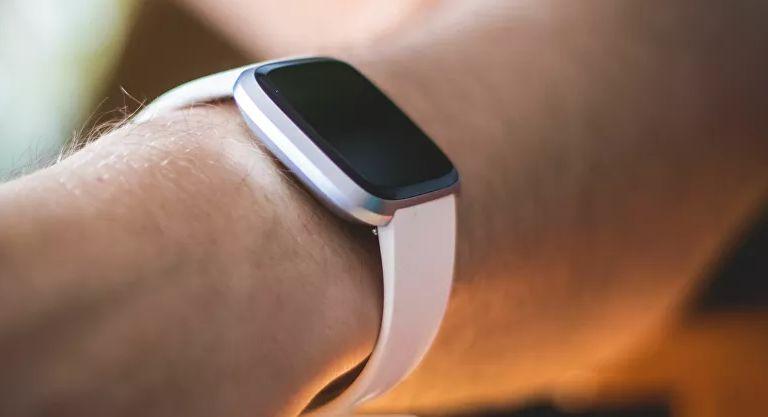 <p>Los peligros que ocultan los relojes inteligentes</p>
