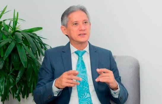 Economista sugiere al Gobierno mutualizar manejo deuda pública
