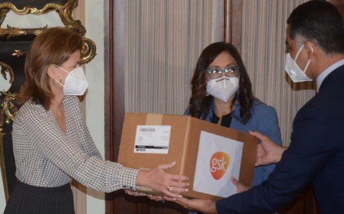 <p>Gabinete de Salud recibe donaci&oacute;n de&nbsp;insumos</p>