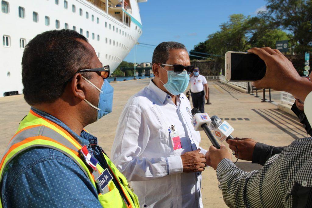 <p>Autoridad Portuaria recibe en el Puerto de La Romana tripulantes dominicanos varados en altamar</p>
