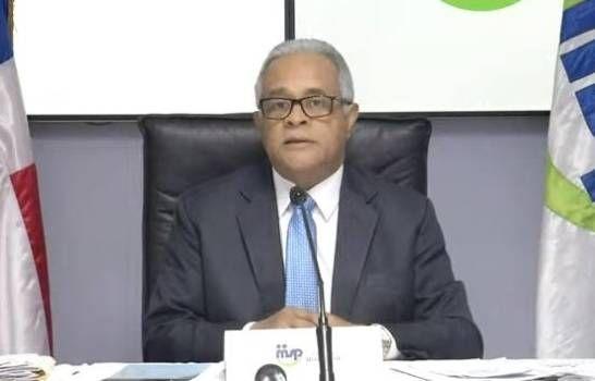 Ministro de Salud llama a los establecimientos comerciales a mantener distanciamientos entre las personas