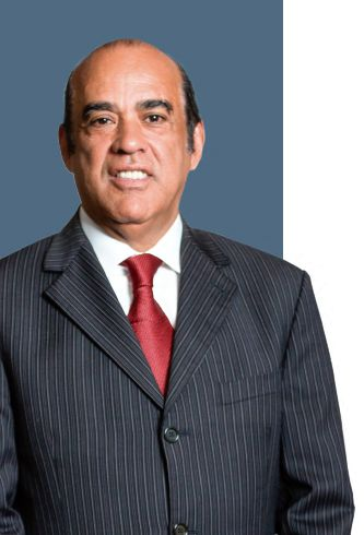 Luis A. Núñez Ramírez - Presidente Grupo Momumental